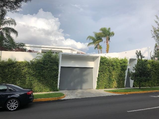 Venta de Casas en Colinas de San Javier, Guadalajara