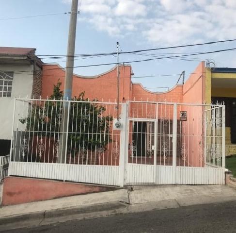 Venta de Casas en Heliodoro Hernandez Loza, Guadalajara